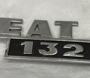 CA132601-ANAGRAMA-TRASERO-SEAT-132-L-METALICO